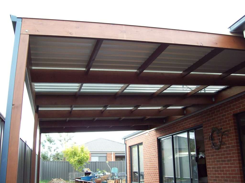 Flat Roof Timber Veranda with Trimdeck Roofing (4)