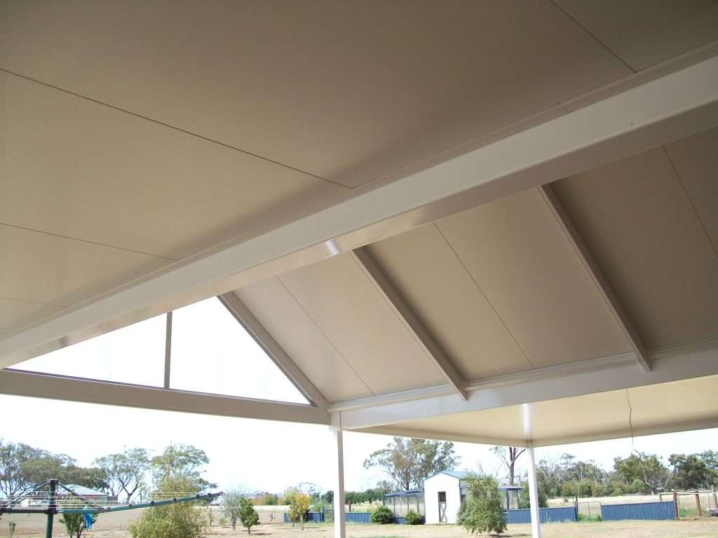 Gable Colorbond Steel Veranda with Solarspan Insulated Roofing (3)